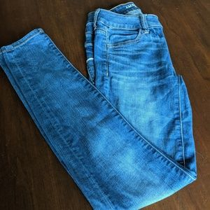 2 pairs American Eagle jeggings